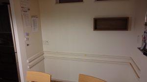 DIY,壁紙,張替え,壁紙交換,ピアノ,壁掛け収納,飾り棚